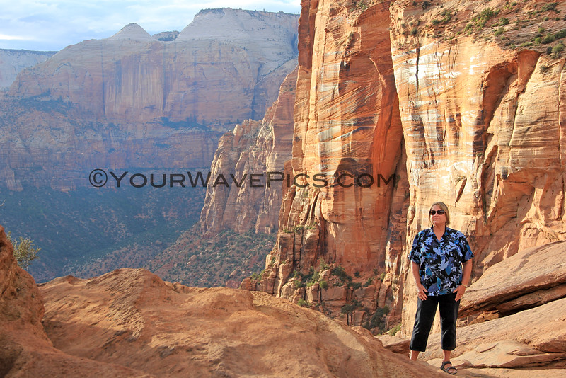 2016-09-28_Zion_Canyon Overlook Trail_23.JPG