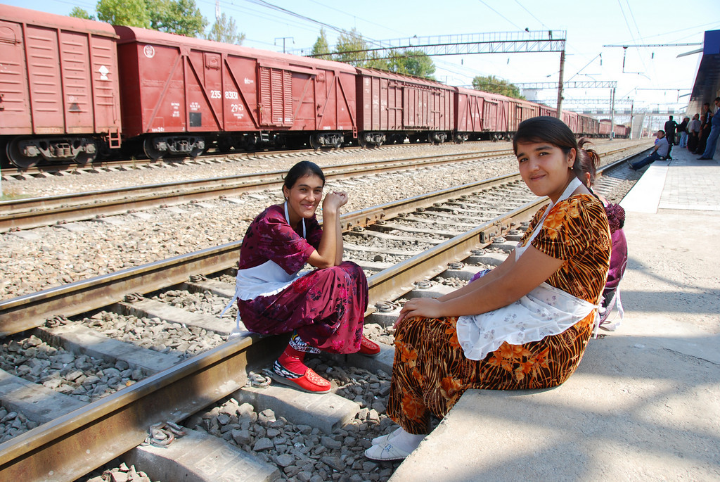 Young breadsellers waiting for the next train at Samarkand station.