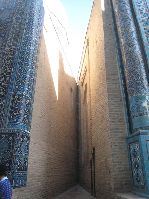 An interesting angle between two of the tombs at Shahi Zinda.