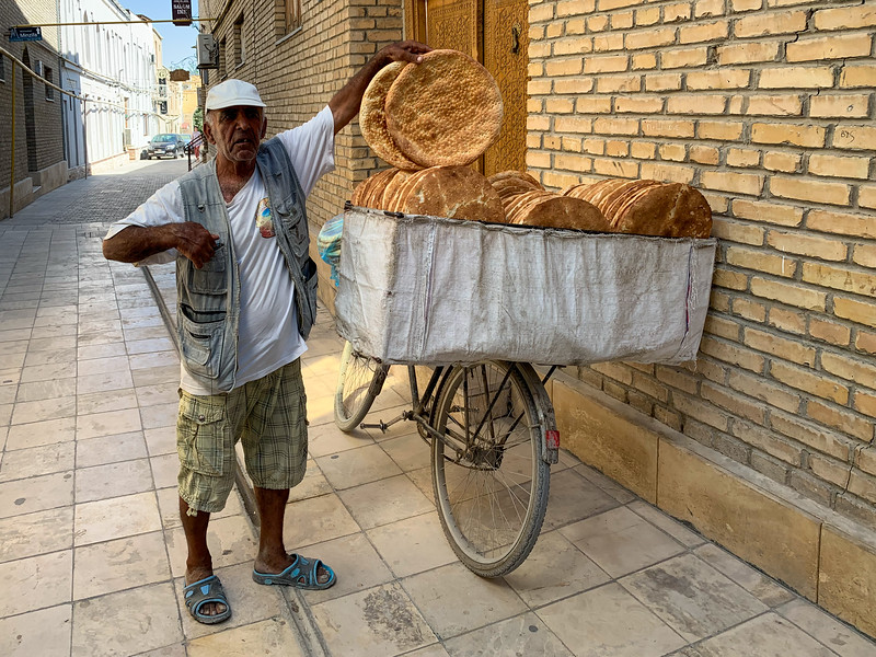 Bread Salesman