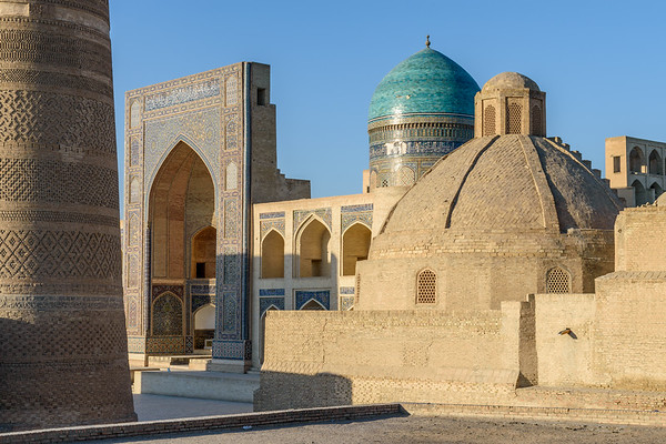Kalon Minaret and Mir-i-Arab Medrassa || Bukhara