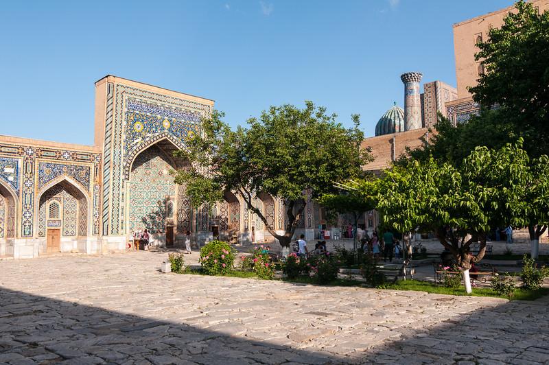 Tilla-Kari Medrassa. The Registran, Samarkand, Uzbekistan