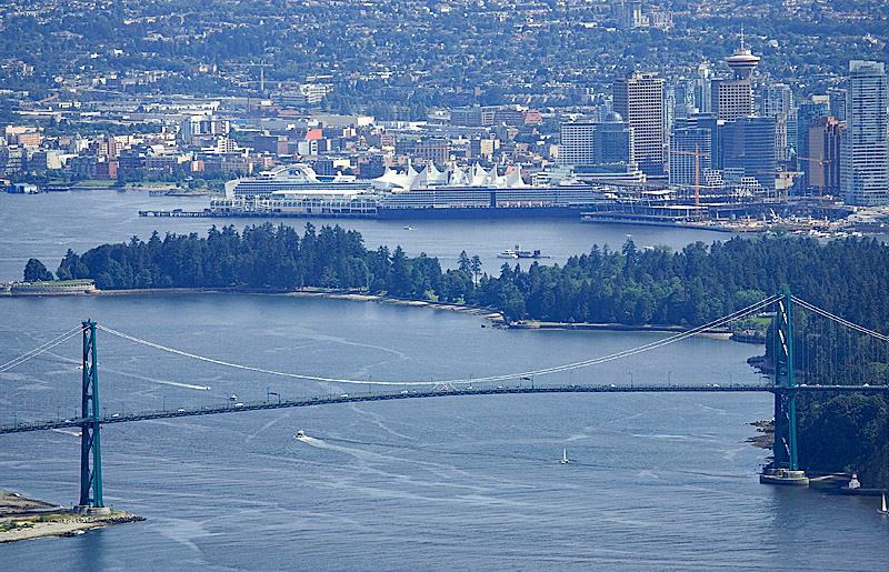 VANCOUVER AND LIONS GATE BRIDGE