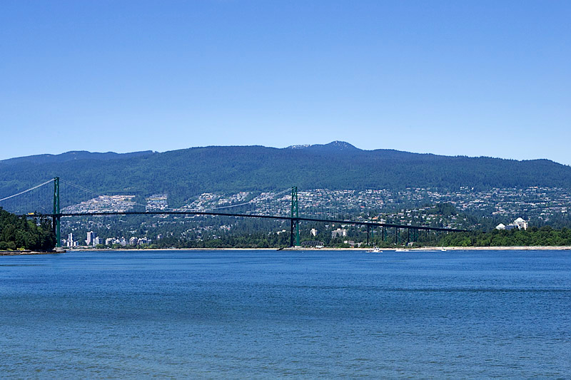 LIONS GATE BRIDGE AND VANCOUVER