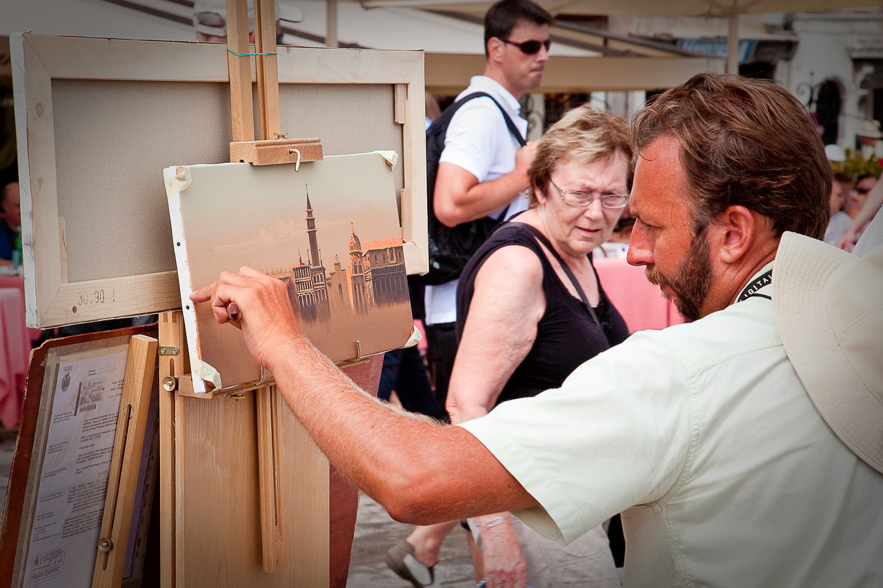 ARTIST ON THE GRAND CANAL