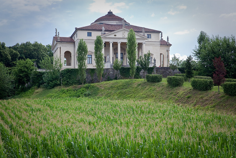 VILLA ROTONDA ( DESIGNED BY ITALIAN ARCHITECT PALLADIO-THIS DESIGN INSPIRED THOMAS JEFFERSON'S HOME MONTICELLO )