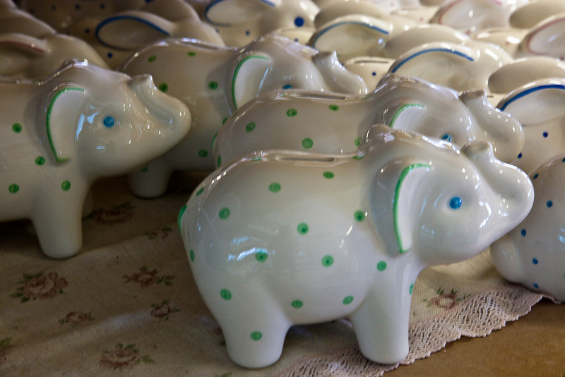 ELEPHANT CERAMIC BANKS