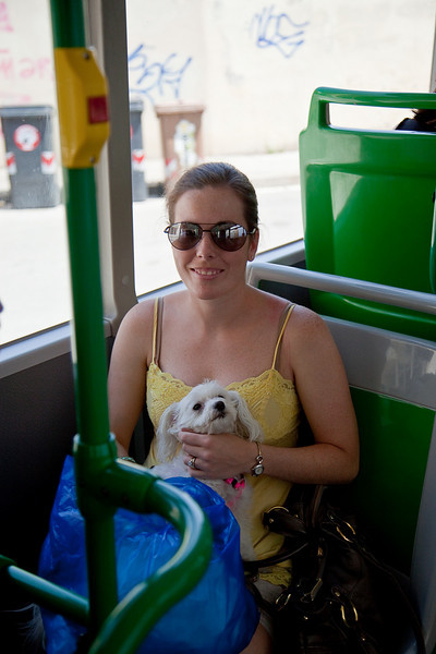 JESSICA TAKING THE BUS IN VICENZA