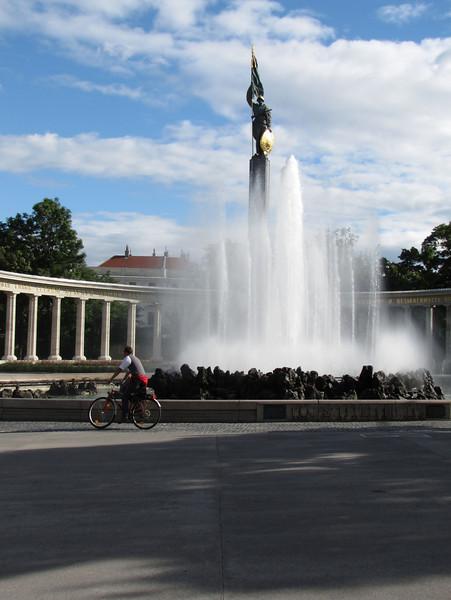 19-Liberation Monument
