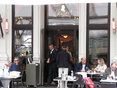37-Cafe Mozart
