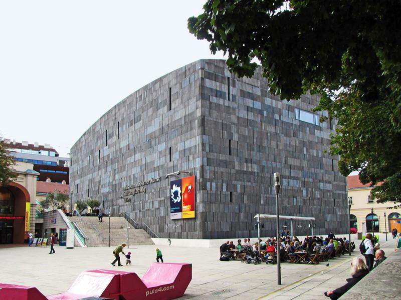 57-Modern Art Museum, Museum Quarter