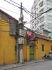 18-Overhead wires and laundry