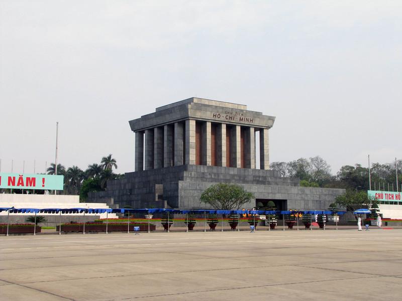 37-Ho Chi Minh mausoleum