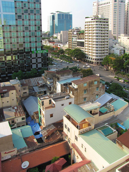 61-From Duxton Hotel, looking NW along Nguyen Hue Blvd