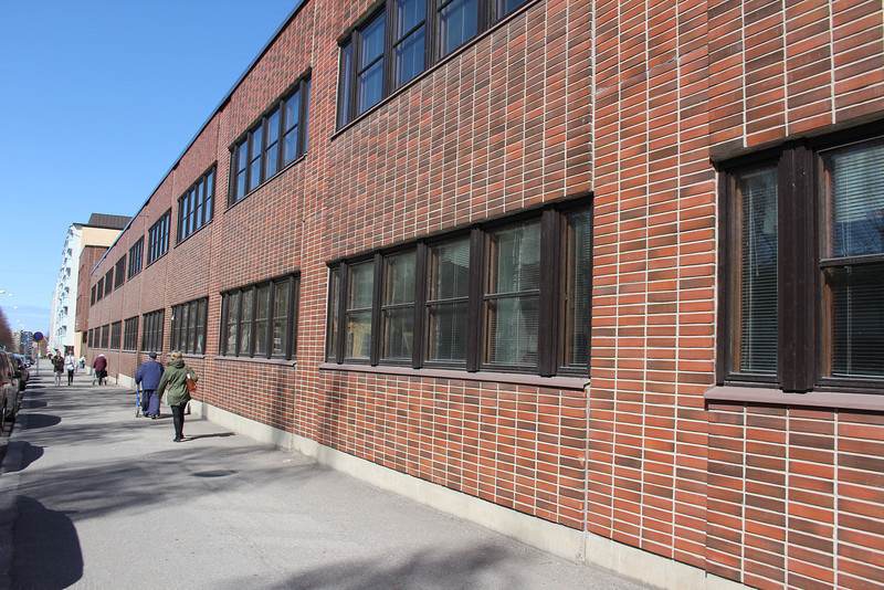 Another shot of the lab school.