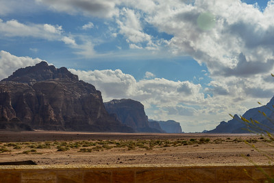 Pictures barely capture the size of the beautiful Wadi Rum Desert.