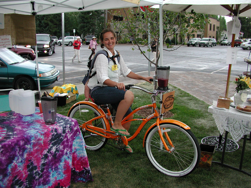 Very hippie-dippie.  Lady with baby on her back is peddling a bicycle-mounted blender making my fruit smoothie.  All organic, of course.  Most of the fruit, vegetable, and bakery goods were pesticide-free.  Sheep-run is coming in October when they drive 2,000 sheep down the main street.