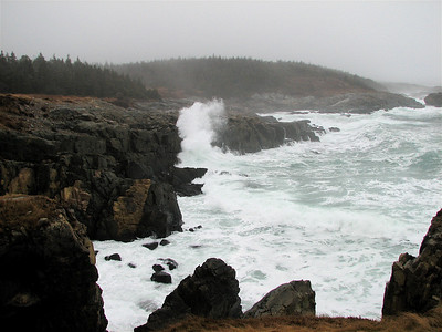 Big waves at Louisbourg Lighthouse Point - December 2009