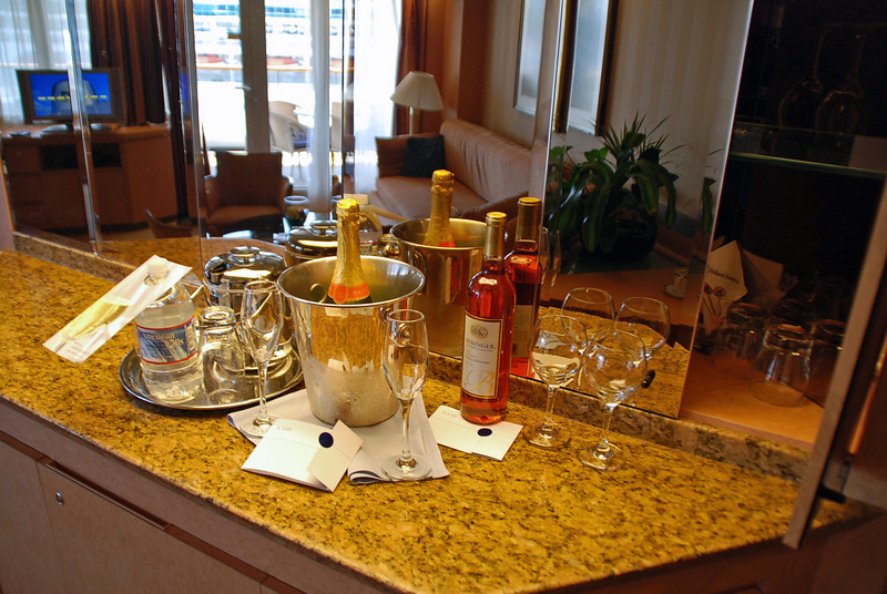 Champagne (from the Captain) and wine (from our travel agent) waiting for us when we arrived.