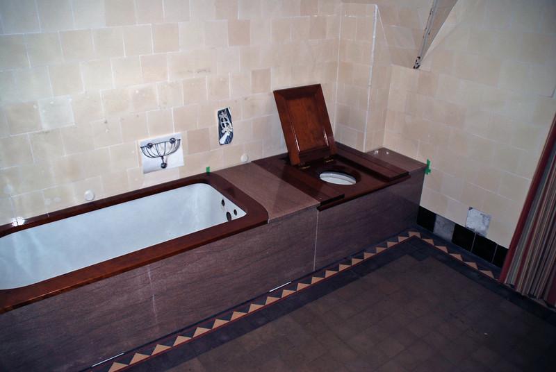 Bathroom in Craigdarroch Castle.