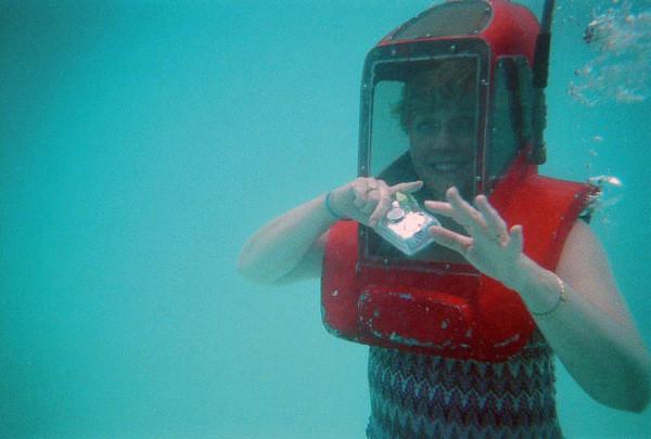Jean having fun under water.