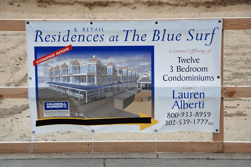 """The Blue Surf Motel is gone.  In it's place they are building condominiums.  See <A HREF=""""http://www.bluesurfcondo.com/index.php"""" target=""""_blank"""">http://www.bluesurfcondo.com/index.php</A> for information."""