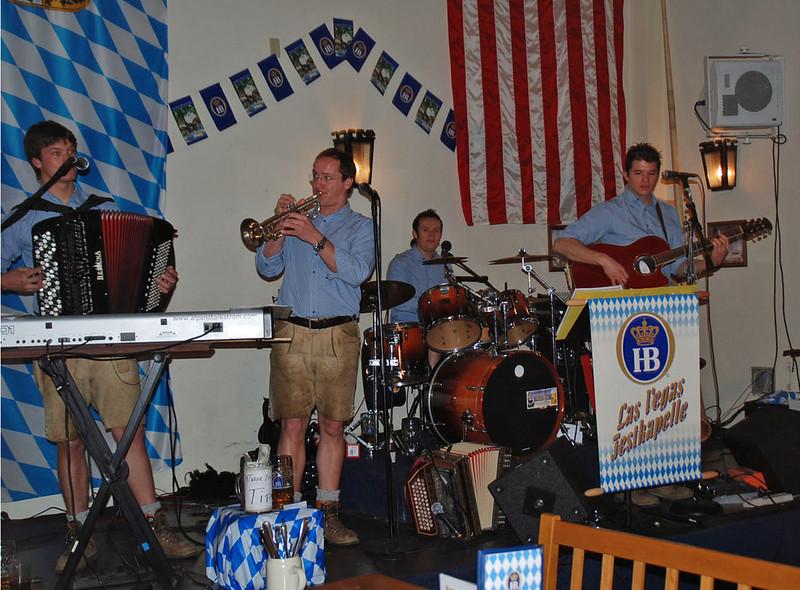 Live music at the Beer Hall at Hofbrauhaus.