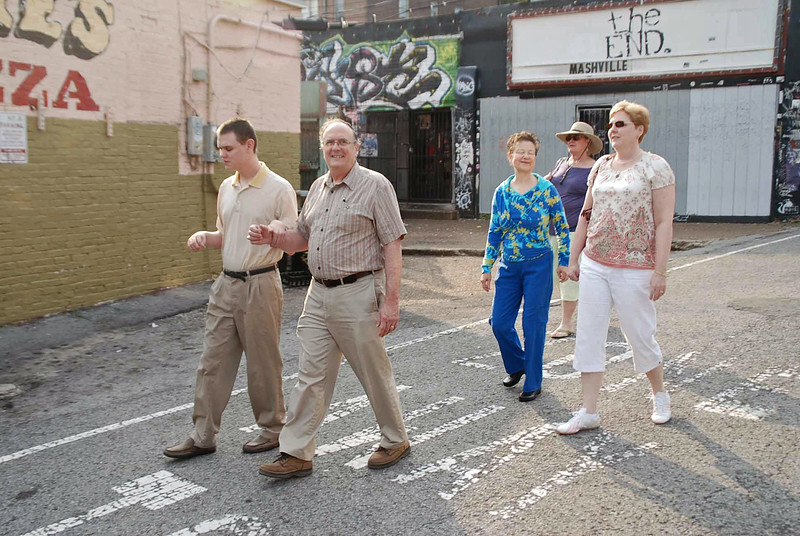 Walking to breakfast on Saturday morning.  From left: Ray Stone, Harry Stone, Melinda Stone, Corie Huggins, and Jean Finkleman.