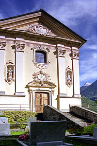 San Secondo was founded in the 13th century but was rebuilt (except for the tower) around 1780 in a surprisingly lavish Rococo style.