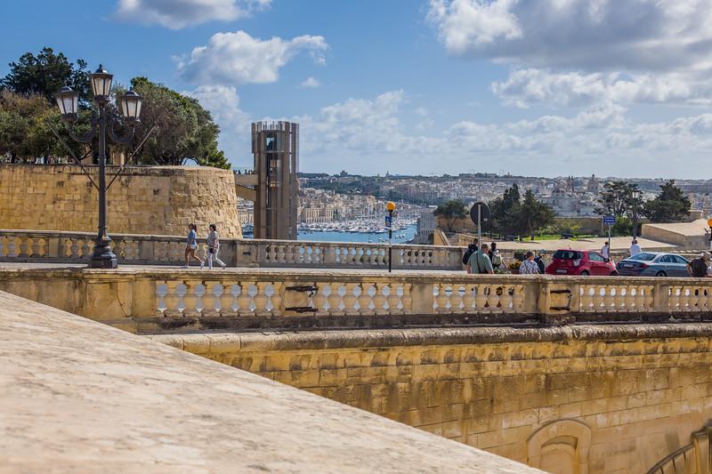 Barraka lift, Valletta