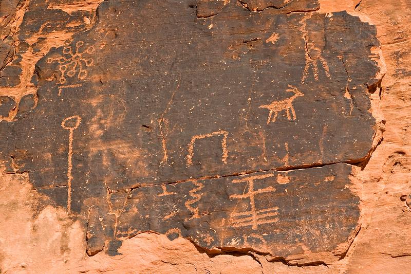 Petroglyphs at Mouse's Tank