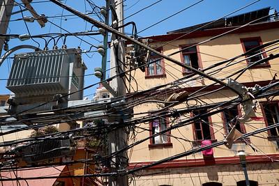 Wild electricity wiring, Valparaiso.