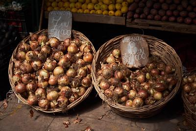 Onions, street market, Valparaiso.