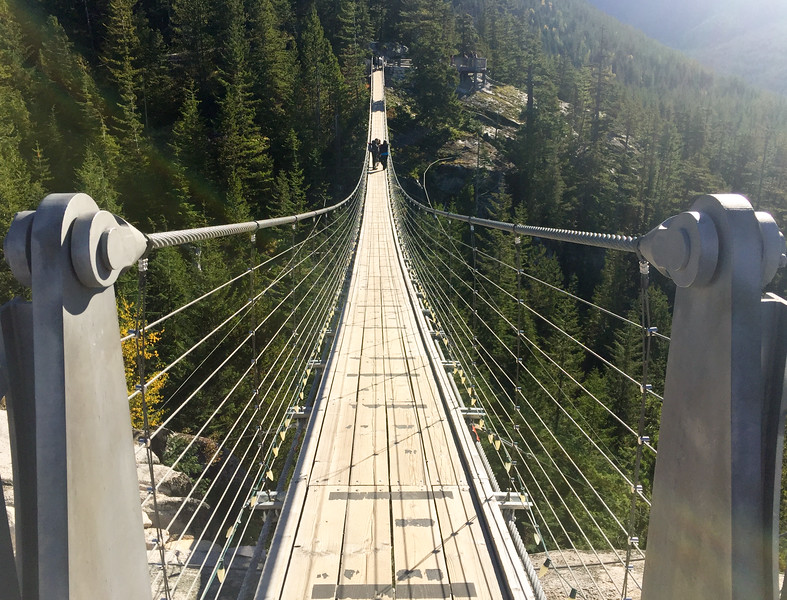 Great swinging bridge.  If you are scared of heights, this might not be the bridge for you.