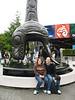 Julia und Jens vor dem Aquarium
