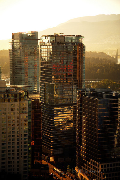 <p>Sunset over Downtown Vancouver, British Columbia, Canada</p>