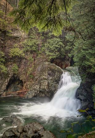 Lower Twin Fall on Lynn Creek