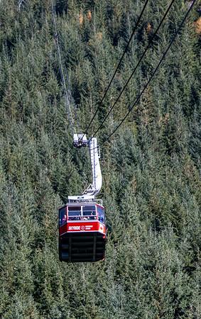 Gondola up Grouse Mountain