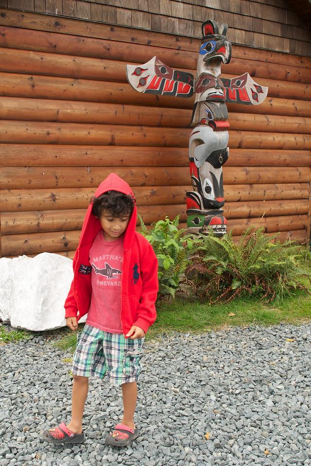 Totem pole at Port Renfrew
