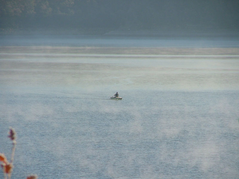 Fisherman on lac st cassien