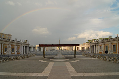 Piazza San Petro at Via della Conciliazione, Vatican, Rome, Italy.