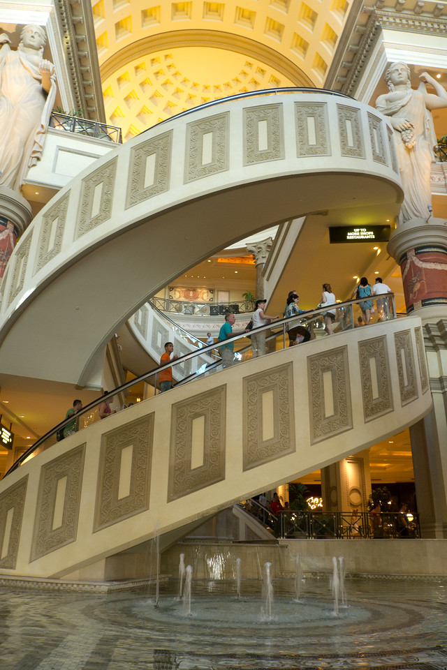 A very rare spiral (helical) shape escalator at the Caesar's Forum Shops