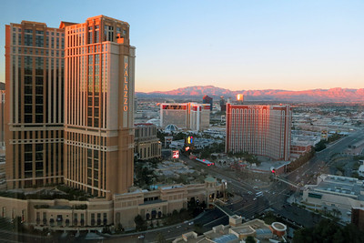 Morning light on Vegas mountains 03
