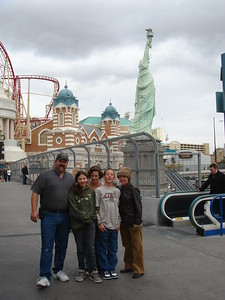 Vegas & Hoover Dam 2007 (with Timber, Annie, Steven Rob)