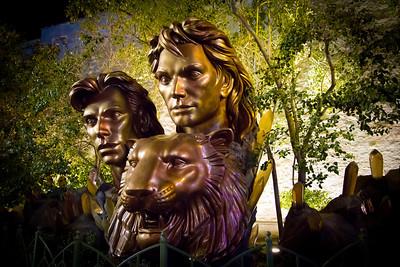 Statue on the Strip; Las Vegas