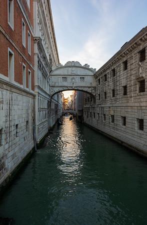 Ponte dei sospiri / Bridge of Sights - Venice, Italy