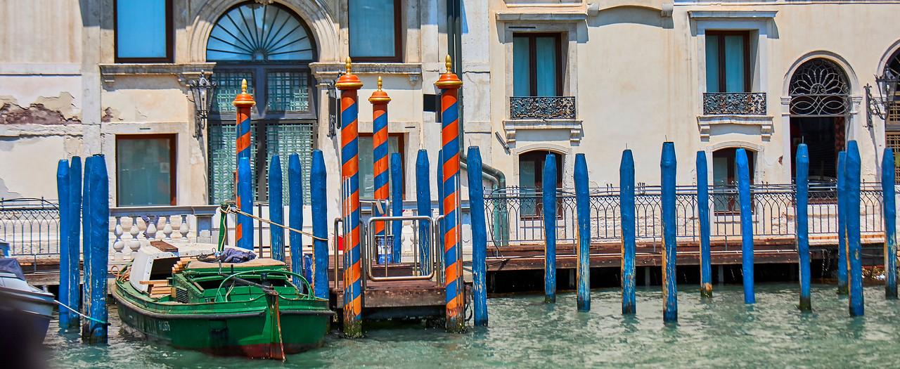 Venetian colours..