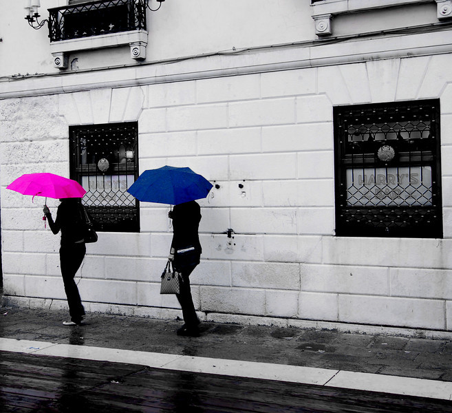 Venice_Umbrellas_6054