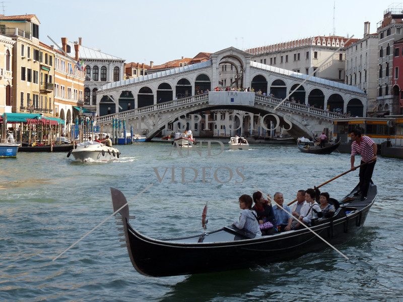 Rialto bridge over the Grand Canal in Venice, Italy.