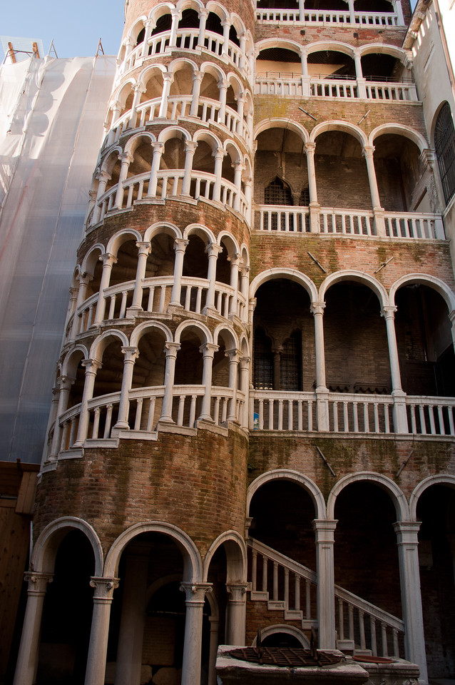 This is the Palazzo Contorini del Bovolo.  It is hidden 4 narrow dead-end turns from Campo Manin and is notable for the spiral staircase.  Sadly, due to renovations we were unable to climb to the top for reportedly top-notch views over the rooftops.